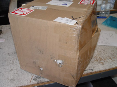 Damaged box during shipping of DESCO air hat